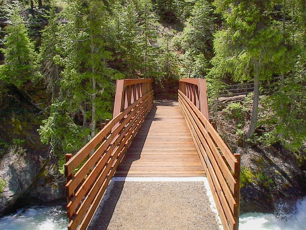 1-Myrtle-Lake-Trail-bridge_edited